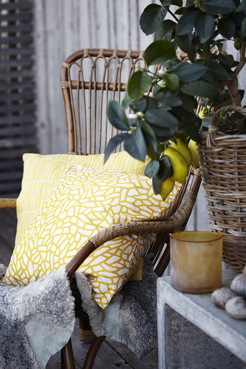 Gyllstad sunny yellow with Delta and Barr cushions photo 150 dpi